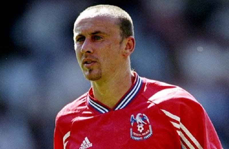 Ex futbolista revela encuentros íntimos con famosas