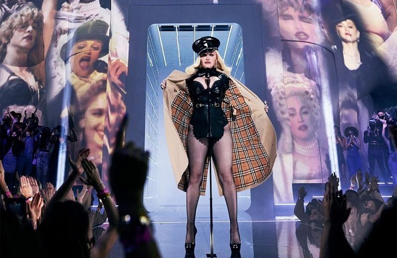 Madonna impacta en los MTV Video Music Awards 2021 ¡Llegó en taxi! (+video/fotos)